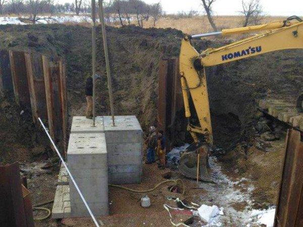 Box culvert specialty Crow Creek (begin job)